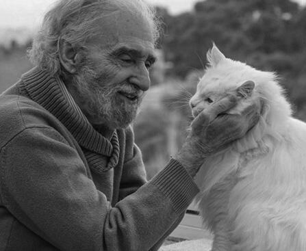 ENTREVISTA: La Felicidad según Ramiro Calle, Maestro Yogui y orientalista