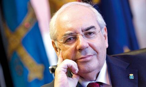 Vicente Alberto Álvarez Areces, Hijo Predilecto de Gijón | Autor José María Pérez López