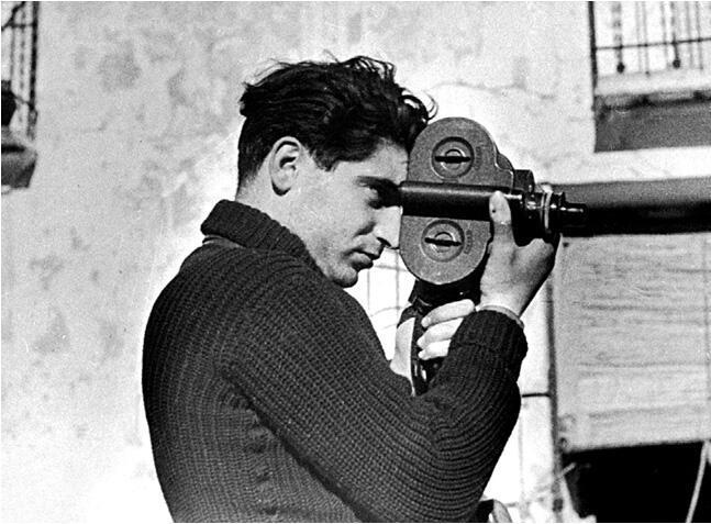 Los viajes fotográficos de Robert Capa | María Fuentes Fernández y Álvaro Ruiz García